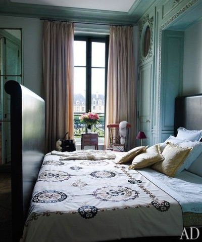 Blue walls curtains for the bedroom juxtapost - Curtain ideas for blue walls ...