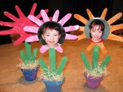 Adorable Mother's Day idea ... Flower Pot Picture Craft