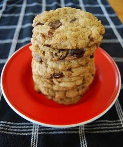 kirstens kitchen: The quest for the ultimate vegan chocolate chip cookie