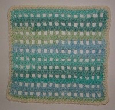 Open Mesh Magic Dishcloth--simple crochet pattern for a quic... / crochet ide...