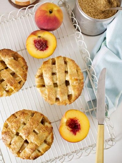 peach & bourbon pie & 13 ways with peaches