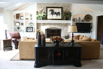 Built-Ins on either side of the fireplace and holds the TV / For ...
