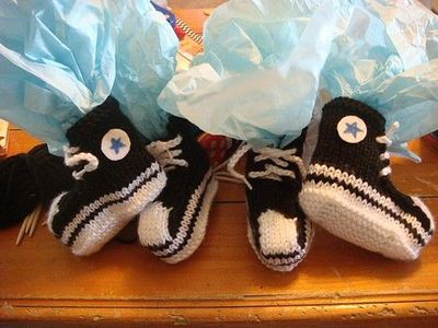 Knitting Pattern For Converse Socks : knitting pattern for converse booties / knits and kits ...