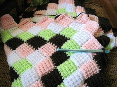 Baby Afghan Patterns To Crochet : Tunisian Crochet Entrelac Baby Blanket Pattern