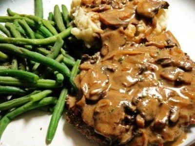 Slow Cooker Cube Steak and Gravy