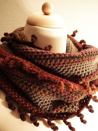 Curly Fringes Loop Scarf Crochet Free Pattern Crochet Ideas And