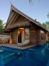 Jumeirah Vittaveli Resort in Maldives | HomeDSGN, a daily source for inspiration and fresh ideas on interior design and home decoration.