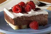 Low-fat chocolate-berry dessert recipe