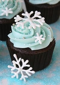 snowflake cupcakes and recipes!