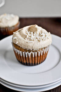 Brownie Banana Bread Cupcakes with Brown Sugar Frosting How Sweet It Is