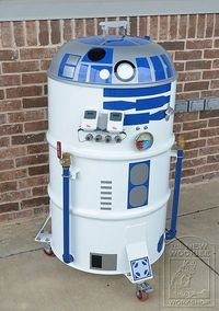 R2D2 Smoker Makes sense to have R2D2 for a BBQ
