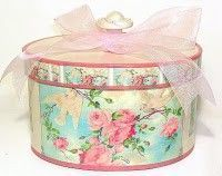 Roses & tulle hatbox. Re-do some old boxes to look pretty like this!