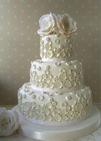 ivory button wedding cake