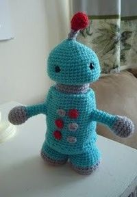 Cute crochet robot pattern from Sheep Dog's Fleece