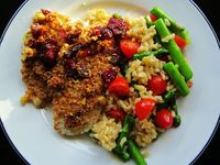 Dried Cranberry And Walnut Encrusted Fish: I originally made this with tilapia, but the recipe also works with cod and salmon. For the picture...[read more at Food Frenzy]