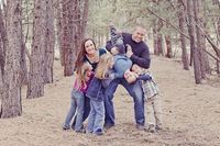 What a fun family pose!