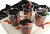 Wiggly worm dirt cups